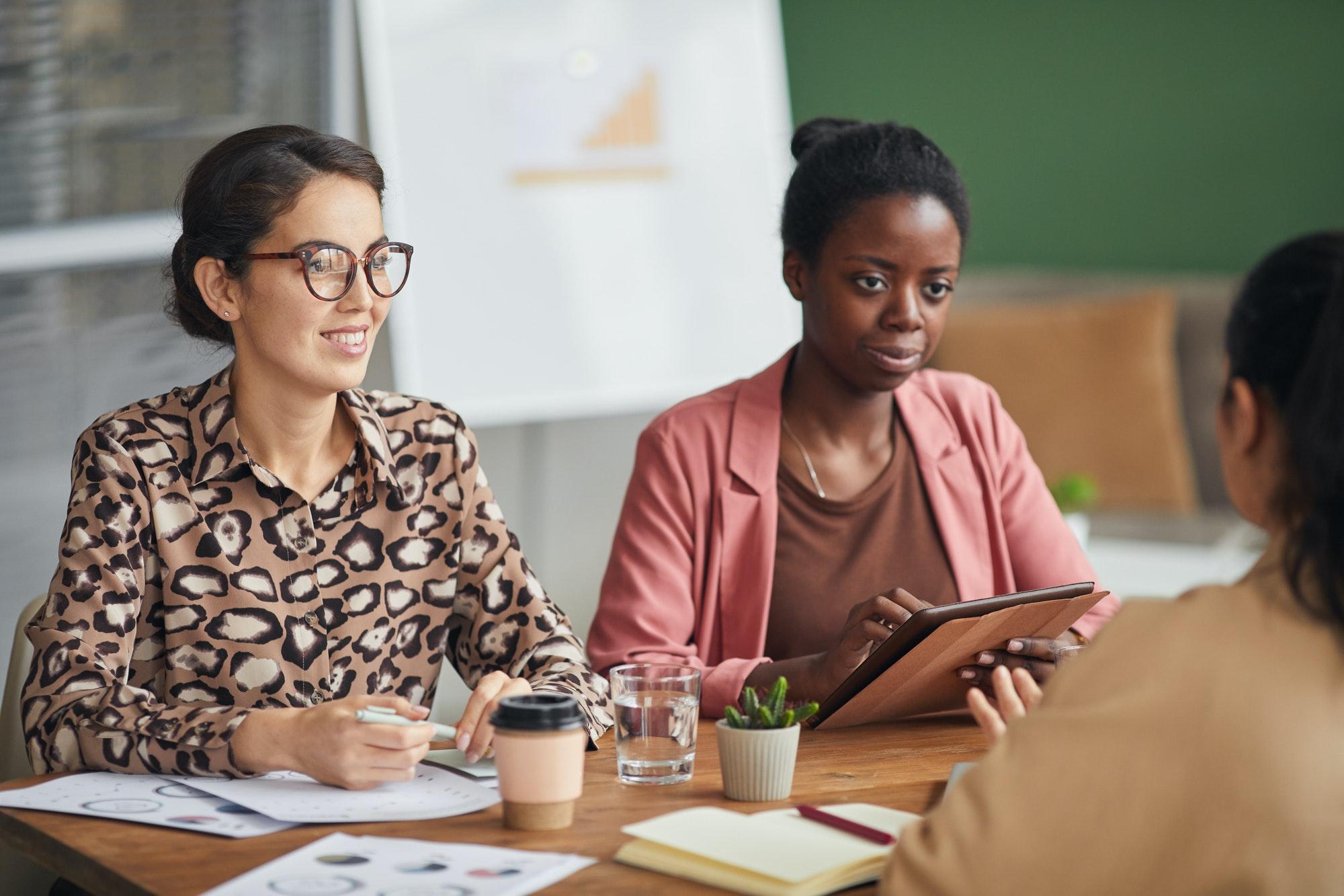 Recherche Un travailleur social diplômé d'état